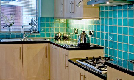 Check out these amazing light kitchen design ideas