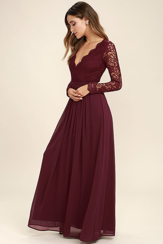 Check out these beutiful prom dresses.